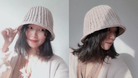 素艺工坊 钩针编织的盆帽 钟型的样式超显脸小 可情侣可亲子 不挑年龄都能戴 快来学习吧