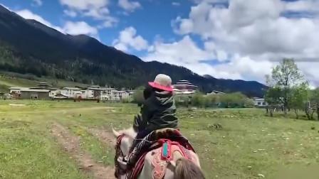 带4岁女儿骑行西藏奶爸回应质疑:无论如何 都要往前走