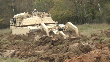 挖战壕筑工事轻轻松松,美军M1挖掘坦克