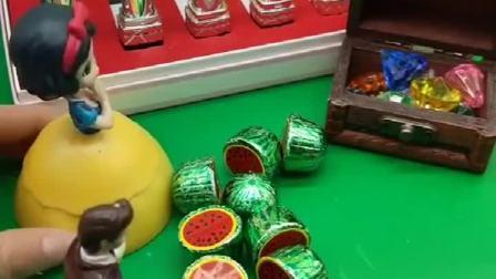 王子买了这么多口红,还有好吃的巧克力,怎么不是送给白雪的呢