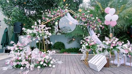 小型婚礼气球花艺布置