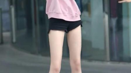 这种身材好又会跳舞的小姐姐也太优秀了吧!是你会喜欢的类型吗?