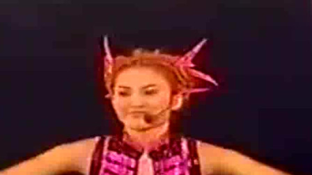 李玟献唱两曲,红炸了!