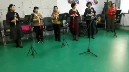 乌兰察布友谊社区佳音葫芦丝艺术团学员六节课吹下来(婚誓)