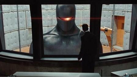 美军抓来一神秘男子,不料他竟是外星人,动动手指就能毁灭人类!