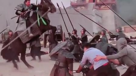 原来电视剧里的打仗是这样的,终于知道马为什么那么听话,今天终于见识了