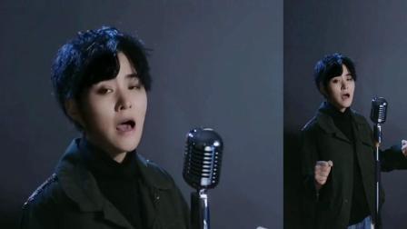 潘倩倩一首《朋友别哭》,这嗓音误以为是个男声没想活脱脱是个女生演唱