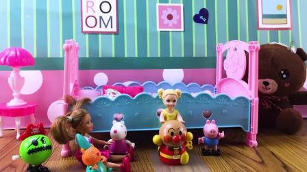 芭比娃娃玩具,芭比教育妹妹要学会分享