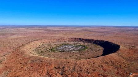 TOP5 世界上最大的陨石坑!