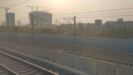 Z22次进北京西站
