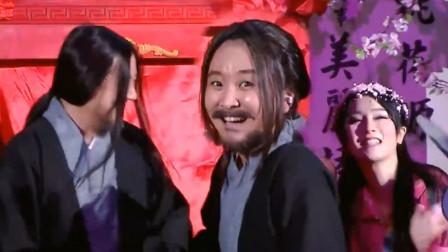 """贾玲模仿腾格尔,怎料原主突然上台砸场子,何炅笑出""""猪叫""""了"""