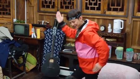 蘑菇屋玩游戏,陈伟霆被何炅玩到怀疑自己智商,我能笑三天!