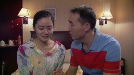 刘老板没想到小云的身世那么悲惨,直呼认识她太晚了