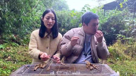 烧黄鳝估测你吃过,烤黄鳝吃过吗?没想到第一次吃就爱上了