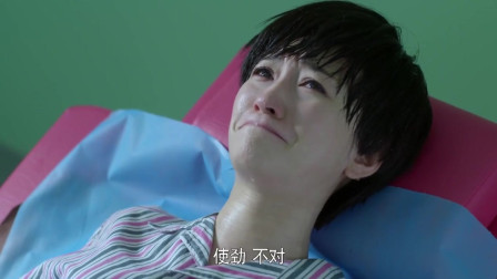 孩子刚出生,李小冉一看瞬间大哭:太难看了,跟你爸长一样!
