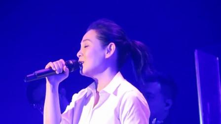 错把磨炼当成折磨, 刘若英《亲爱的路人》,经典情歌百听不厌
