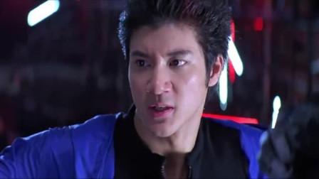 拳神: 神拳道最后一式,配上拳神手套,就可以遇神杀神