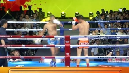 中国纹身战将郭喜闯高扫上头硬怼,前手摆拳重击劲敌面门直接结