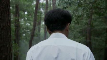 影视:主席回归故里,想起牺牲亲人,在父母坟前深感愧疚!