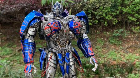 都说TW骑士柱完美?雕像级重涂UT骑士柱可否一战!