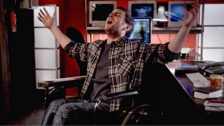 轮椅小哥破译天书瞬间成神,还站了起来,可做的第一件事让人咋舌