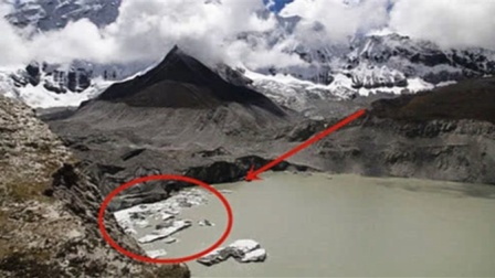 """喜马拉雅山发生""""大事""""?冰雪融化露出真面目,令人难以置信!"""