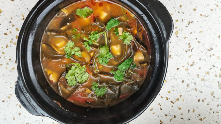 海带汤这样做最好喝,汤鲜味美,营养又减脂,简直太美味了!