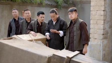 乱世丽人行:黑老大带兄弟围攻日本烟馆,烟馆在一声爆炸中炸毁
