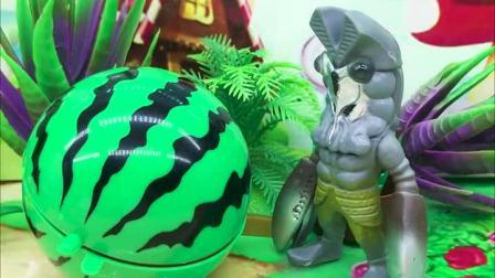 亲子有趣幼教动画:怪兽把小熊的魔法西瓜吃了