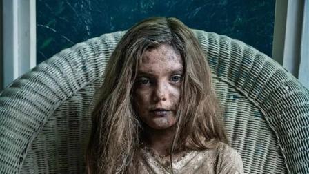 女孩车祸离世,被父亲埋进神秘墓地后,竟复活变成杀人恶魔!