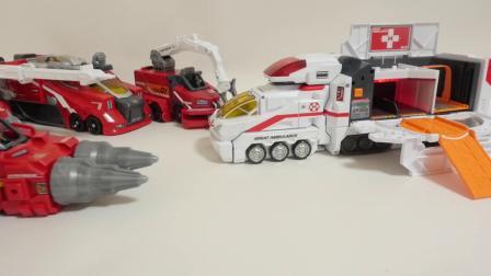 儿童玩具战车和救援车来了