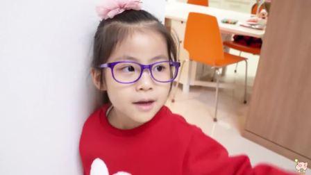 美国时尚儿童,小公主戴上了眼镜,真可爱