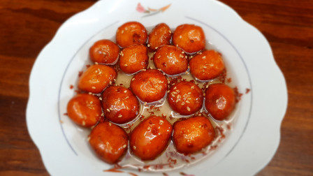 给女儿做的童年小吃 番茄油圆