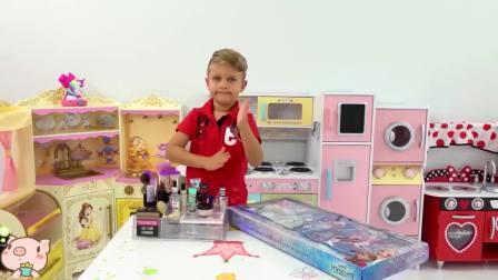 美国时尚儿童,小正太在组装新玩具,真厉害呀