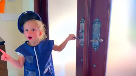 美国儿童时尚,小仙女收到了新玩具,太开心了