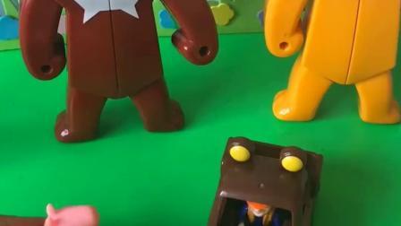 亲子有趣幼教玩具:光头强熊大熊二快合体吧