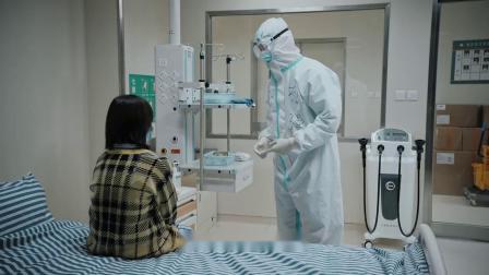 在一起:女儿担心手术中的母亲,邓伦暖心鼓励,会好起来的