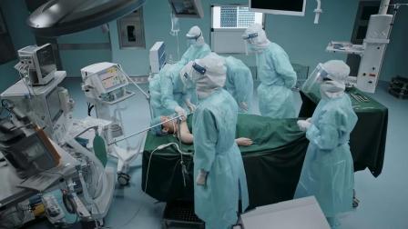 在一起:全体医生将李沁从死神手中抢了回来,向伟大的人致敬!