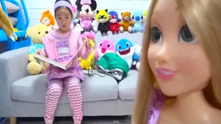 国外儿童时尚,小宝贝和大哥哥一起玩玩具,真高兴