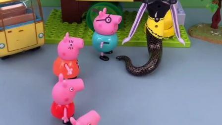 给佩奇一家分玩具,佩奇的是葫芦娃玩具,乔治的是老爷爷