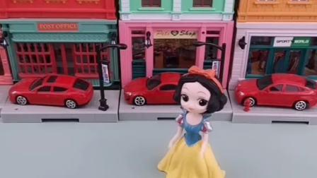 白雪公主玩具:贝尔你在撒谎,王子怎么可能那么说白雪呢