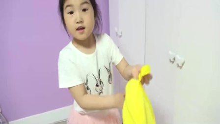 国外儿童时尚,和小宝贝一起上课学习新知识,真有趣啊