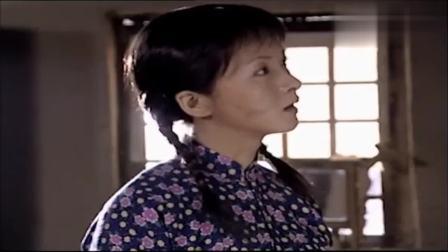女村女孩到大婶家吃饭,大婶咋看咋喜欢,竟想让她做自己儿媳!