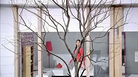 2009年张梓琳巴黎欧莱雅清润保湿特润霜广告