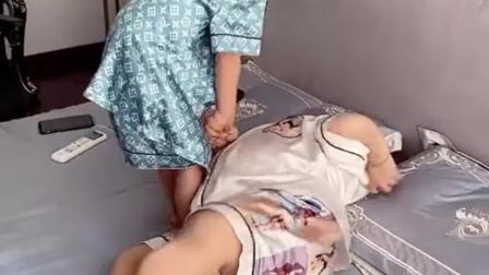 残疾的我生了个健康的孩子,以后不愁没人给我养老了