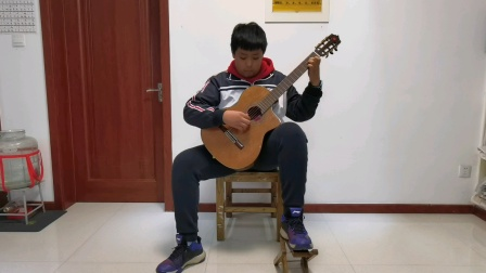 古典吉他独奏《莫斯科郊外的晚上》博山一中2018级3班焦鹏翔 2020-12-13