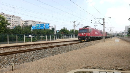 HXD3D8036+8021牵引T131次 大连—上海