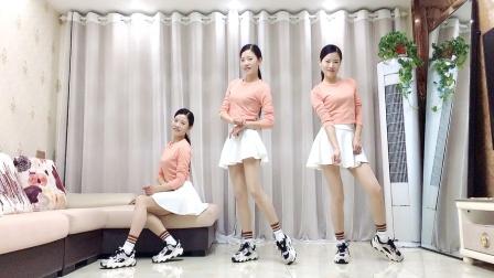 网红广场舞《超酷悦动》最新64步鬼步舞