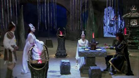 药膳火锅实在滋补,狐妖美女却对火锅食材产生误解,下一秒尴尬了