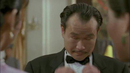 英叔吃完芥末被辣哭了,前任正好这时候回来,叫英叔不要这样